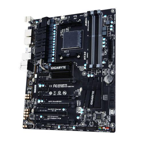 110451-1-Placa_mae_AM3_Gigabyte_GA_990FXA_UD3_R5_v1_ATX_110451-5