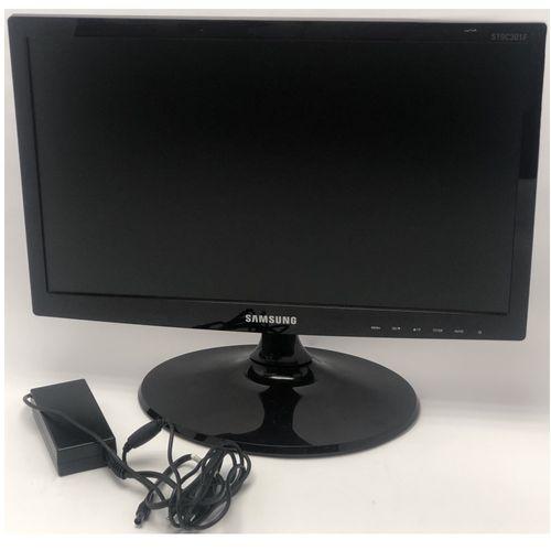 116858-1-SEMINOVO_Monitor_LED_185pol_Samsung_LS19C301_Widescreen_Preto_116858